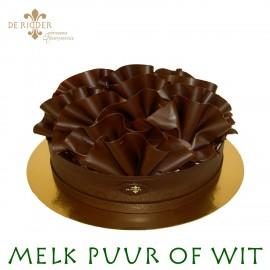 Pure Chocolade krullen taart 25 personen